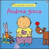 Andrea gioca