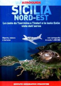 Sicilia Nord-Est: le coste da Taormina a Tindari e le isole Eolie viste  dall'aereo