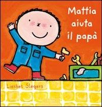 Mattia aiuta il papà