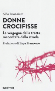 Donne crocifisse