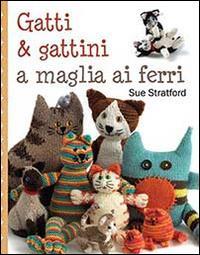 Gatti e gattini a maglia ai ferri