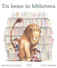 Un leone in biblioteca