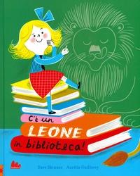 C'è un leone in biblioteca!